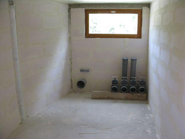 2 tuyaux verticaux pour nettoyage bondes,